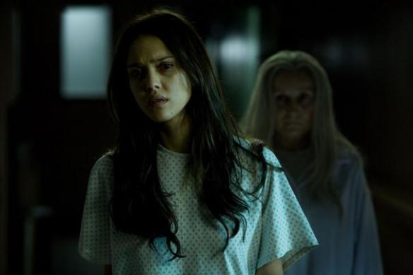 The_Eye_Jessica_Alba_with_ghost_