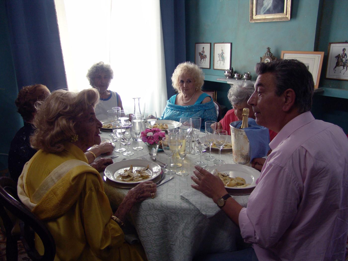 Mid-August Lunch (Pranzo di Ferragosto)