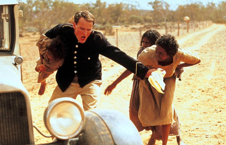 rabbit proof fence comparison between movie The movie rabbit proof fence and the book the  the decisive moment in the chase that structures rabbit proof fence is the confusion between two rabbit proof.