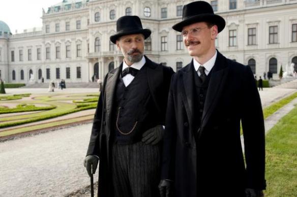 Viggo Mortensen is not amused at Michael Fassbender's knock-knock jokes.