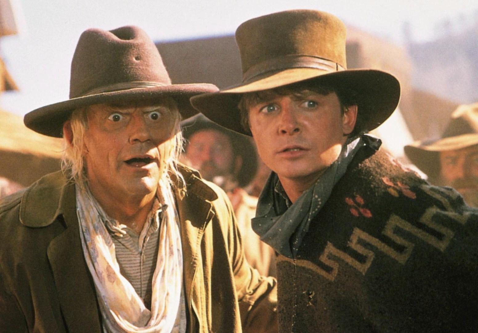 Christopher Lloyd shows Michael J. Fox how he did the Judge Doom pop-eyes effect.