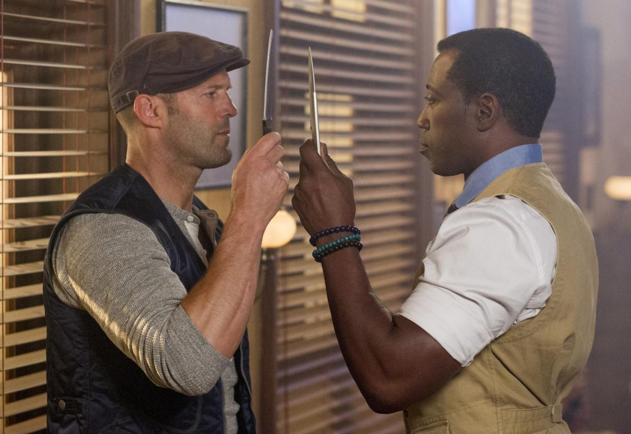 Jason Statham and Wesley Snipes decide to settle who has the bigger blade.