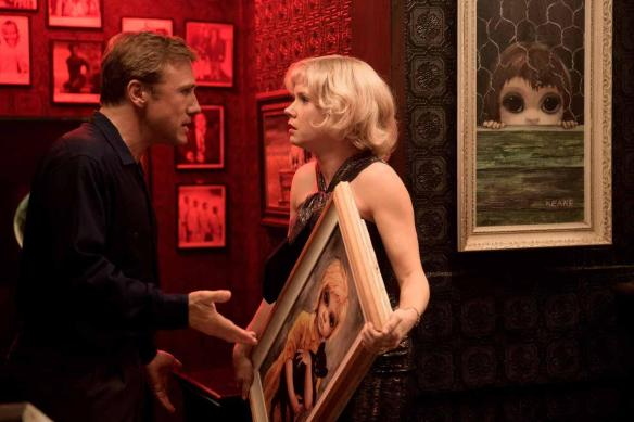 Amy Adams doesn't want to part with this prop, although Christoph Waltz reassures her.