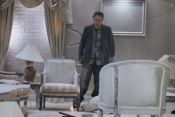 John Cusack waits for housekeeping to take care of his room.