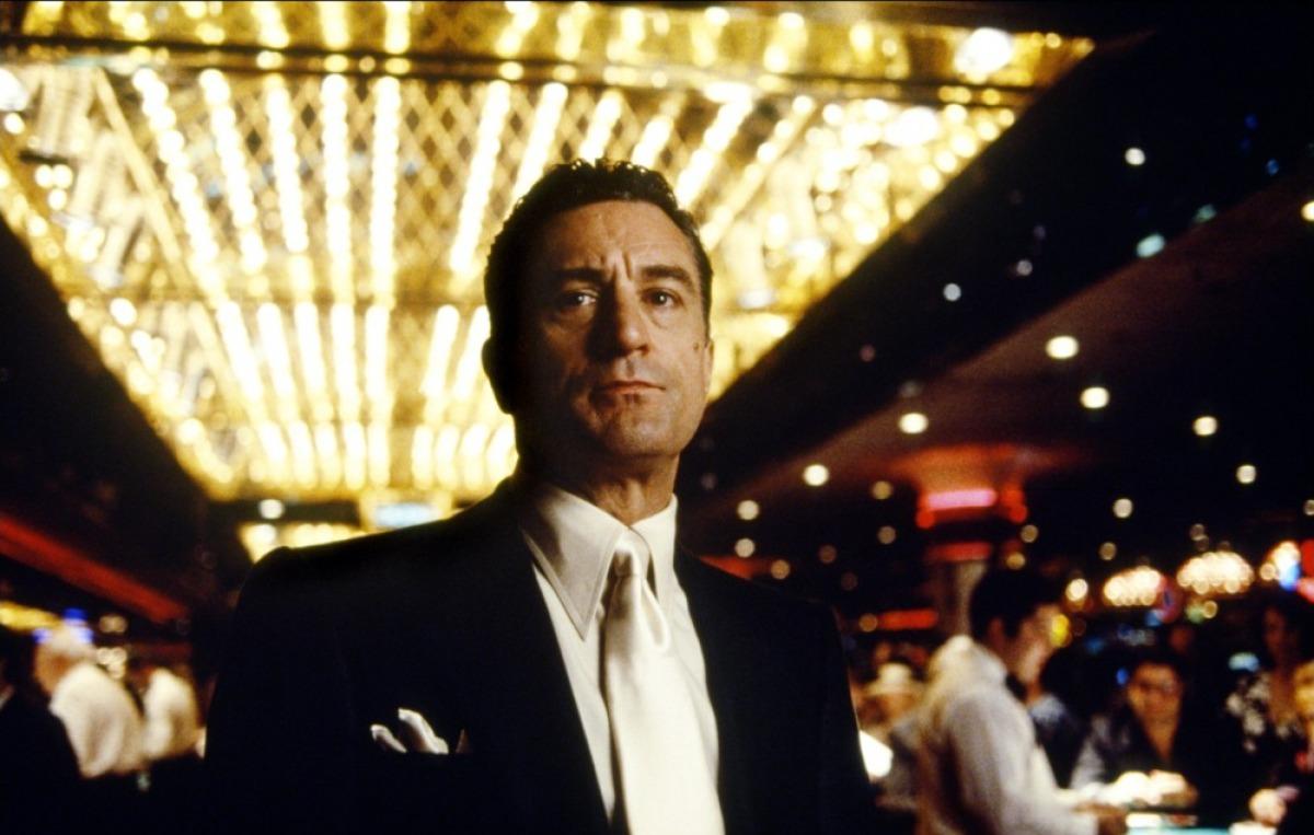Casino cornfield james bond casino royale streaming free