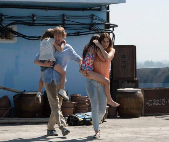 Owen Wilson and Lake Bell carry the movie.